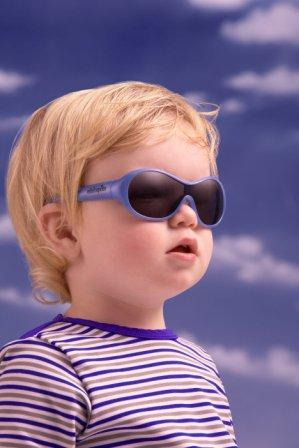 8f808c87363bdc ... een goede kinderzonnebril én vind je de kortingskode die je kunt  gebruiken bij het bestellen van een zonnebril in de webshop    naar de  zonnebrillen